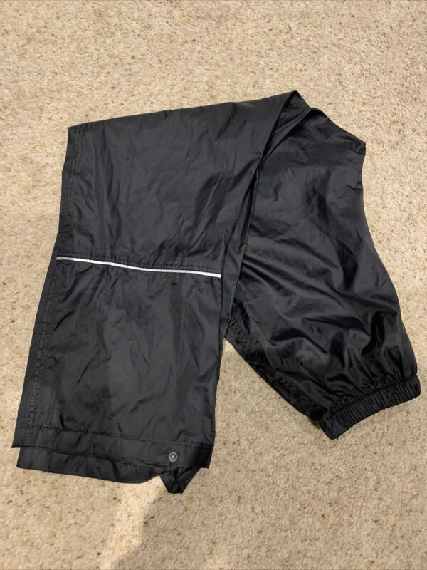 Black Regatta Waterproof Over Trousers Age 9 To 10 Years