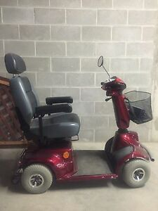 Electric Scooter Mint Condition!!!!!! Will deliver