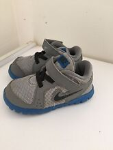 Nike baby/toddler shoes Secret Harbour Rockingham Area Preview
