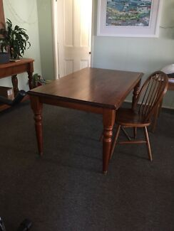 Dining table (six seater) SOLD pending pickup
