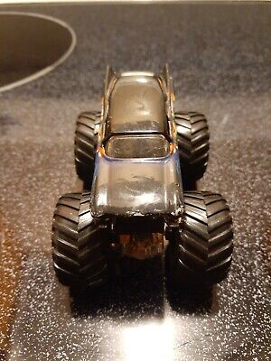 Hot Wheels Monster Jam 1:64 Cadiac Arrest Diecast Truck