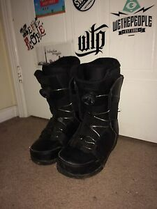 Ride 2016 Snowboard boots Size 8