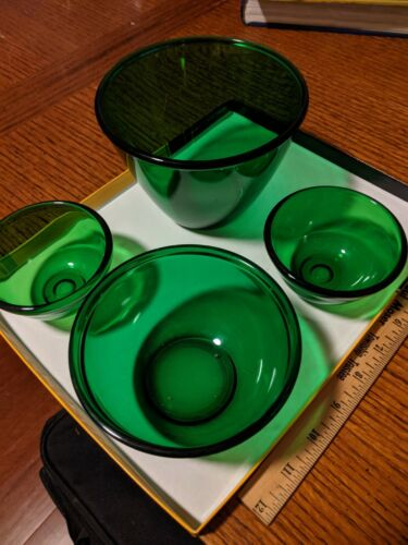 Set of 4 Green Glass Bowls / Forest Green - Anchor Hocking