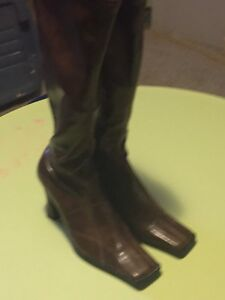 Fashion Boots - Brown Size 8.5 (UK 39)