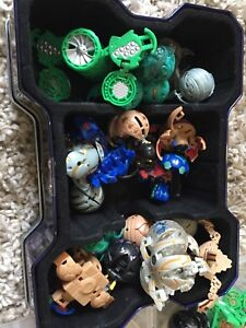 Lot de 50 Bakugan + 1 gros