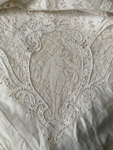 VTG ANTIQUE NUDE FIGURAL LOVE BIRD HAND EMBROIDERY LINEN BRIDAL TABLECLOTH 114""