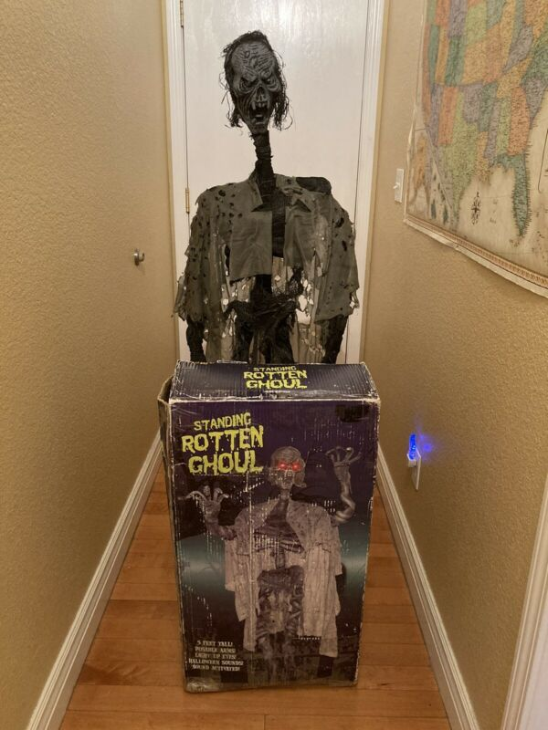 Spirit Halloween Standing Rotten Ghoul Rare Retired Same Day Ship