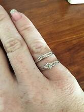 Engagement Ring and Wedding Band Telarah Maitland Area Preview