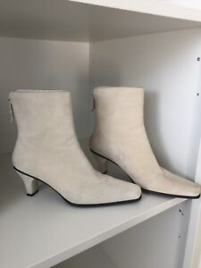 STUART WEITZMAN Suede leather ankle heel Boot Size 6