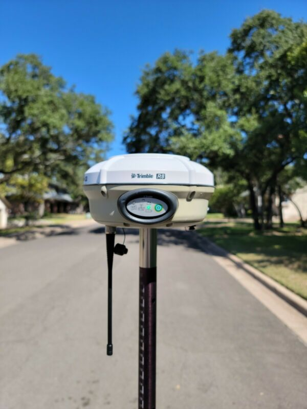 Trimble R8 Model 3 GPS GNSS RTK Base or Rover Receiver 450-470MHz