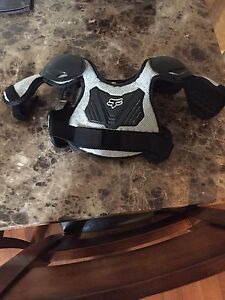 Youth m/l chest protector