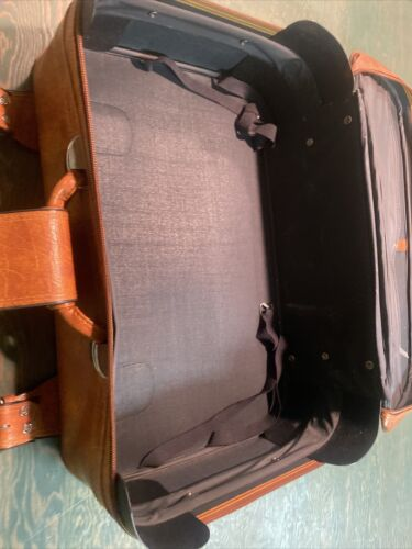 Vintage Suitcase Luggage - $12.80