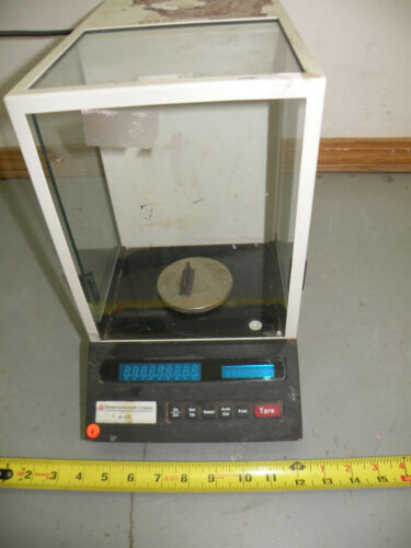 Denver Instrument Company A-250 Analytical Scale