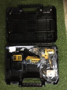 Dewalt 18v XR Brushless Impact Driver, 5.0ah Battery, Charger, Case