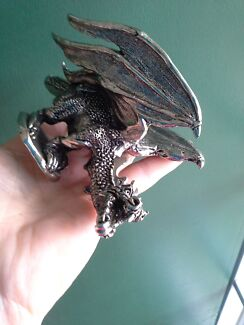Solid heavy meatal paper weight DRAGON Yelarbon Goondiwindi Area Preview