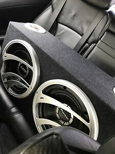 "^** 2 12"" PIONEER SUBWOOFERS IN PORTED BOX!!"