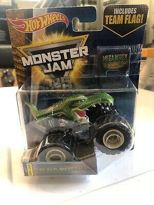 2018 Hot Wheels Monster Jam Mega Wrex Truck Green Includes Re-Crushable Car