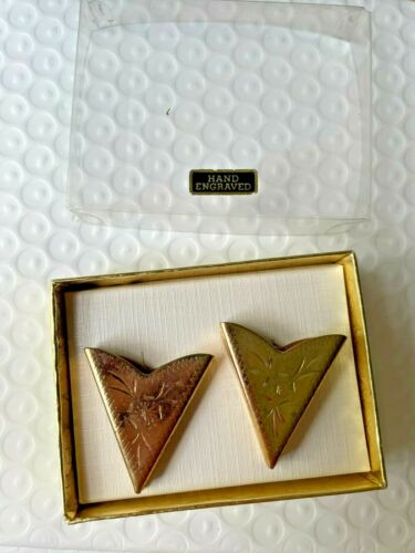 Vintage Gold Tone Western Shirt Collar Clips Points Horse USA NOS Hand Engraved