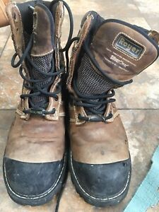 Men safety boots. Royer size 11