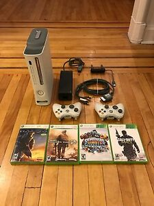 FAST SALE! - XBOX 360 + 4 GAMES