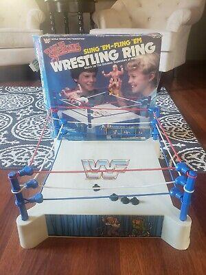 WWF LJN Sling 'Em-Fling 'Em Wrestling Ring Complete W Box Wrestling Superstars