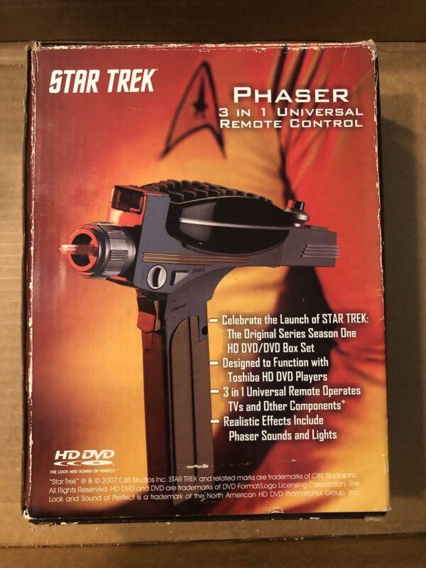 KNG America Star Trek Phaser Universal Remote Control N.I.B.