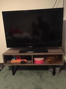 TV Unit/ Coffee Table/ Entertainment Unit