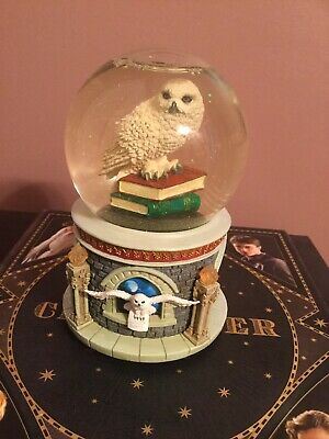 Harry Potter Hedwig Snow Globe With Music