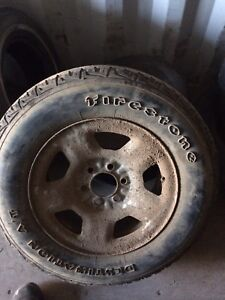 "Selling set of 17"" 6 bolt ford rims"