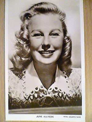 Vintage 1940s Picturegoer POSTCARD - Jane Allyson