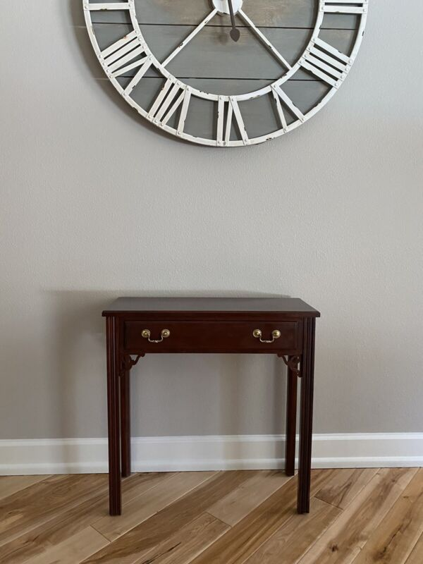 Georgian Court Chippendale Console, Entry Table/Accent Table By Ethan Allen