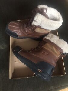 Girl's UGGs boots waterproof, size 2