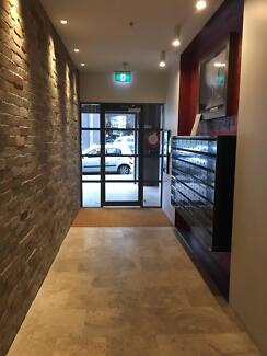 Female room only - Ultimo close to CITY