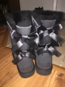 NEW Uggs Bailey Bow ll