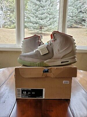 Platinum Wolf Grey Nike Air Yeezy 2 II Size 12 100% Authentic