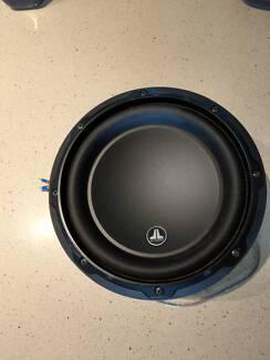 8 inch JL Sub and 1000W Alpine Amplifier