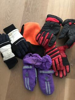 GLOVES FOR SNOW AND BEANIE - all FREE