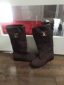 REAL Louis Vuitton spring/fall boots  (brown)