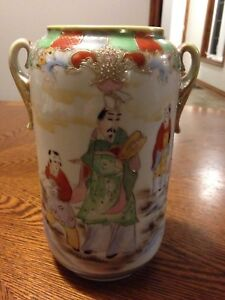 Antique Kinjo china, hand painted Nippon vase