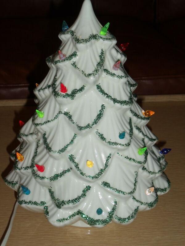 "Vintage White Lighted Ceramic Christmas Tree Lenape Lifetime 11"", Working"