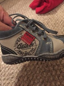 Size 22 or 6 toddler shoes
