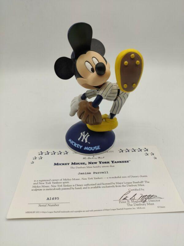 Danbury Mint Disney Stars of the Yankees Mickey Mouse Figurine w/COA