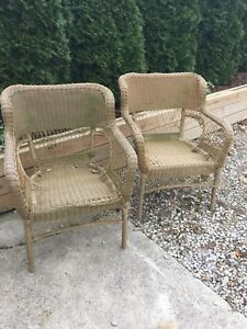 2 outdoor chairs for FREE