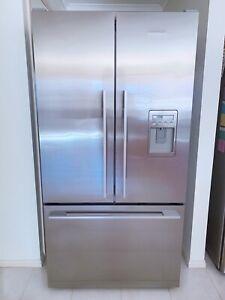 Fisher & Paykel 610 litre French Door Stainless Steel Fridge Freezer