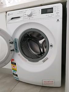 Electrolux EWF14742 7kg Front Load Inverter Washing Machine Denistone West Ryde Area Preview