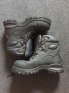 Blundstone steel toe boots South Perth South Perth Area Preview
