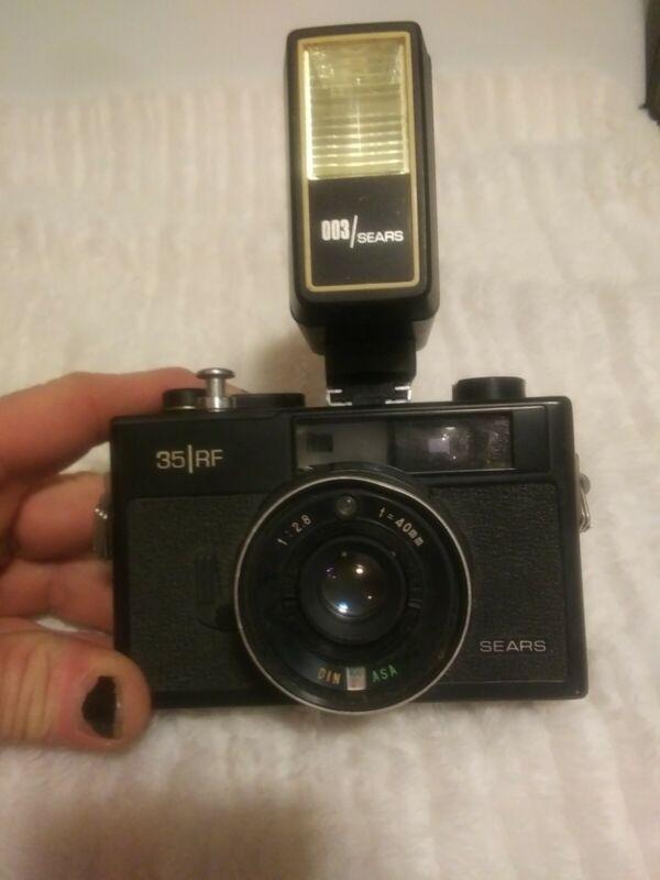 Vintage Sears 35 RF 40mm 2.8 With Flash