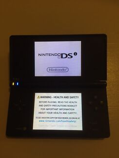 Dsi with games & charger. Nintendo ds Helensvale Gold Coast North Preview