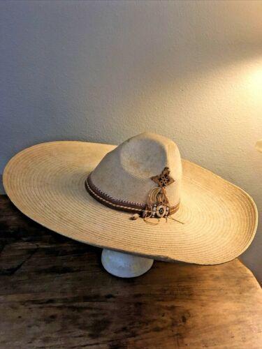 Vintage CASA CHAVEZ Woven Palm Sombrero S/Med XXXXX Sahuayo Michoacan Mexico