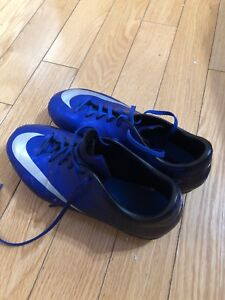 Nike  outdoor cleats same like new for sale